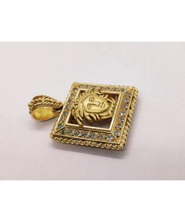 Złoty medalion - zawieszka według projektu Gianni Versace