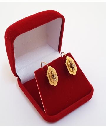 Złote kolczyki zdobione...