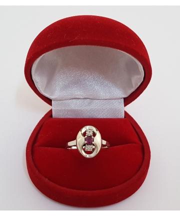 Wiedeński złoty pierścionek Art deco, zdobiony rubinem oraz diamentami z lat 30-tych XX wieku