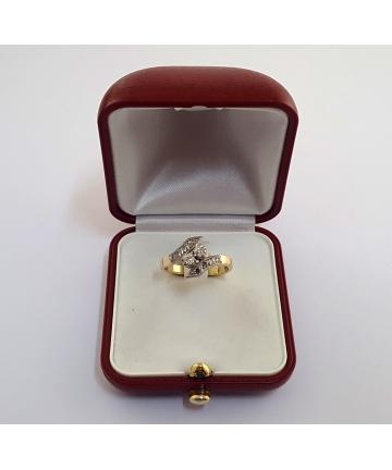 Złoty pierścionek Art Deco z lat 40-tych zdobiony diamentami - stary szlif, rozmiar 18