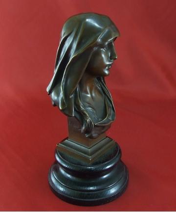 Rzeźba - popiersie Madonny, wykonana z brązu, sygnowana E. Marioton, odlewnik SIOT DECAUVILLE Paris