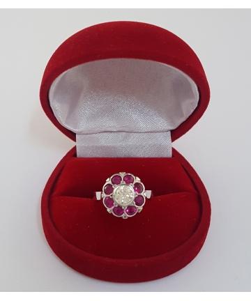 Złoty pierścionek z brylantem 0,58 carata oraz rubinami 1,29 carata, rozmiar 13
