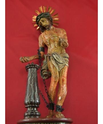 """Rzeźba  w stylu gotyckim """"Postać Jezusa Chrystusa"""" zdobiona polichromią z XIX wieku"""