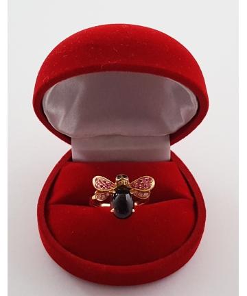 Złoty pierścionek w stylu Bucheron