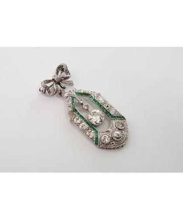 Paryska broszka Art deco wykonana z platyny oraz złota, zdobiona brylantami - szmaragdami, rautami diamentowymi